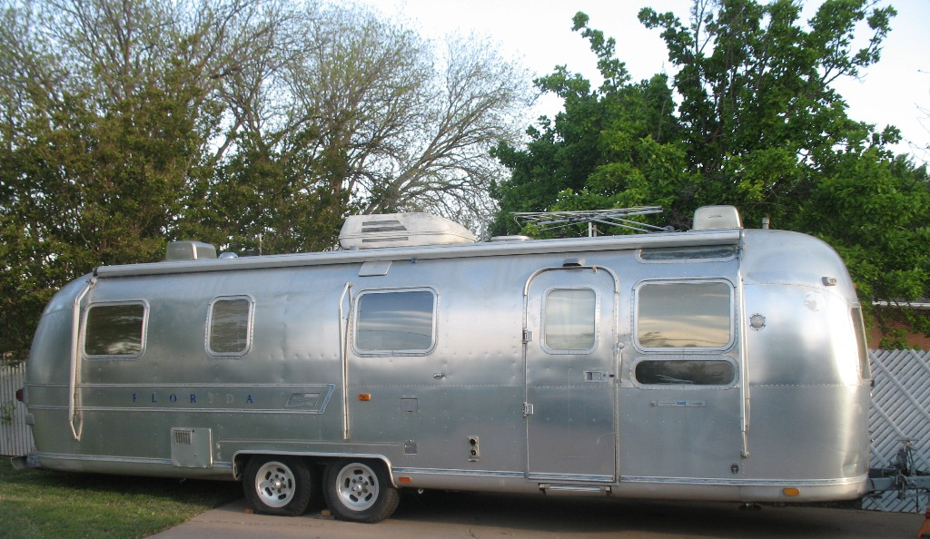 Project Airstream | 1967 & 1977 Airstream Sovereign